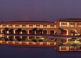 goa-hotel-the-lalit-resort-025.jpg