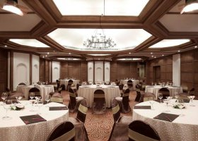 goa-hotel-vivanta-by-taj-fort-aguada-001.jpg