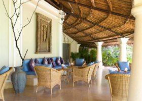 goa-hotel-vivanta-by-taj-holiday-village-002.jpg