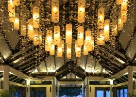 maledivy-hotel-atmosphere-kanifushi-018.jpg