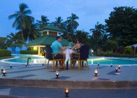 maledivy-hotel-equator-village-028.jpg