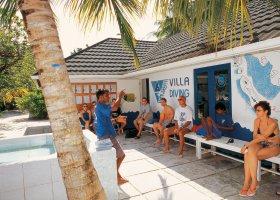 maledivy-hotel-holiday-island-018.jpg