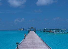 maledivy-hotel-holiday-island-032.jpg