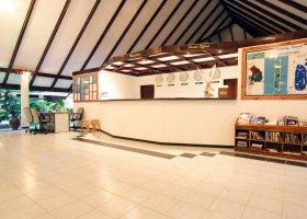 maledivy-hotel-holiday-island-033.jpg