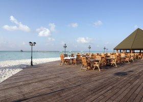 maledivy-hotel-holiday-island-036.jpg