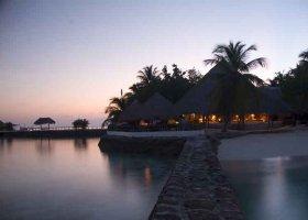 maledivy-hotel-makunudu-island-027.jpg