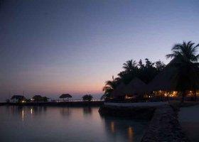 maledivy-hotel-makunudu-island-028.jpg