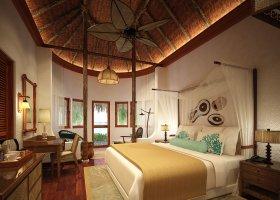 maledivy-hotel-makunudu-island-045.jpg