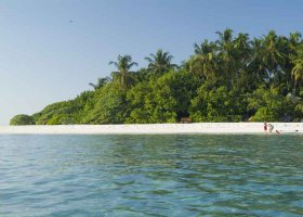maledivy-hotel-makunudu-island-049.jpg