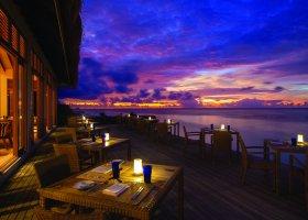 maledivy-hotel-oblu-by-atmosphere-at-helengeli-033.jpg