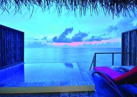 maledivy-hotel-oblu-by-atmosphere-at-helengeli-083.jpg