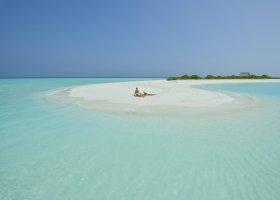 maledivy-hotel-royal-island-resort-spa-014.jpg