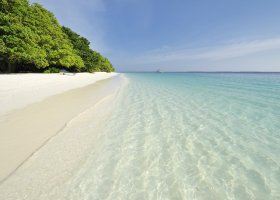 maledivy-hotel-royal-island-resort-spa-018.jpg