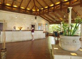 maledivy-hotel-royal-island-resort-spa-032.jpg