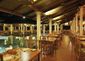 maledivy-hotel-royal-island-resort-spa-059.jpg