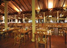 maledivy-hotel-royal-island-resort-spa-061.jpg