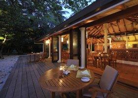 maledivy-hotel-royal-island-resort-spa-065.jpg