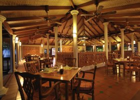 maledivy-hotel-royal-island-resort-spa-066.jpg