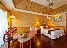 maledivy-hotel-royal-island-resort-spa-072.jpg