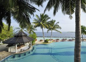 maledivy-hotel-royal-island-resort-spa-098.jpg