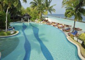 maledivy-hotel-royal-island-resort-spa-100.jpg