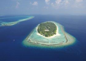 maledivy-hotel-royal-island-resort-spa-104.jpg