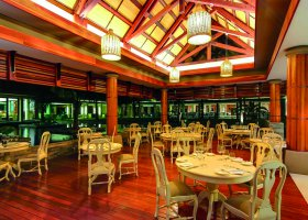 mauricius-hotel-maritim-crystals-beach-011.jpg