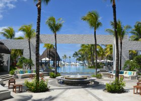 mauricius-hotel-maritim-crystals-beach-075.jpg