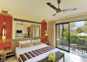 mauricius-hotel-tamarina-golf-spa-beach-club-003.jpg