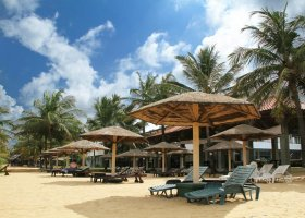sri-lanka-hotel-goldi-sands-001.jpg