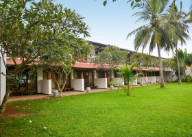 sri-lanka-hotel-goldi-sands-084.jpg