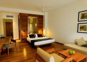 sri-lanka-hotel-pandanus-beach-hotel-008.jpg
