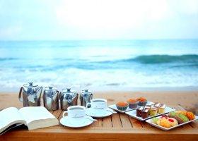 sri-lanka-hotel-pandanus-beach-hotel-019.jpg