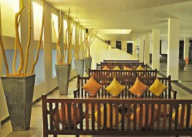 sri-lanka-hotel-the-long-beach-026.jpg