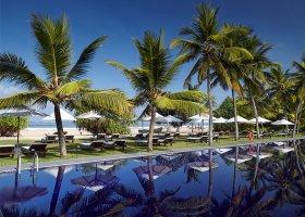 sri-lanka-hotel-the-surf-hotel-025.jpg