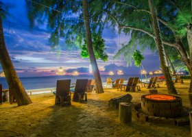 thajsko-hotel-dusit-thani-krabi-beach-resort-021.jpg