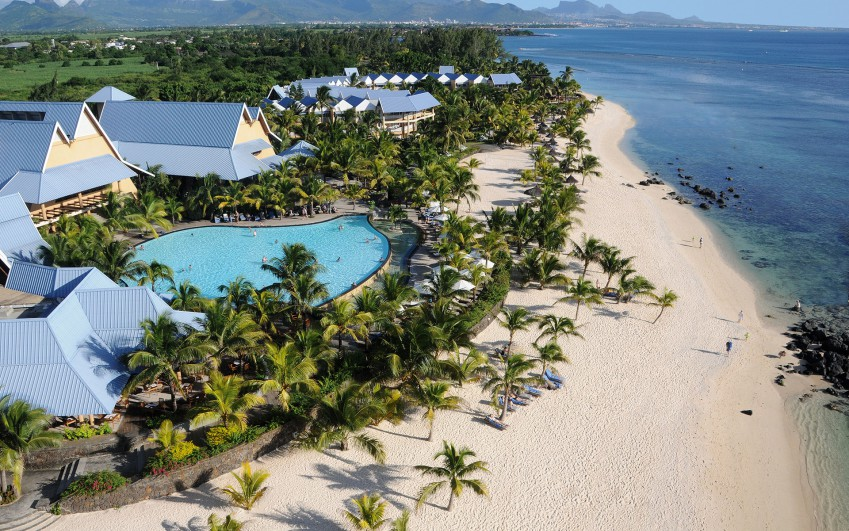 Victoria Beachcomber Resort & Spa ****
